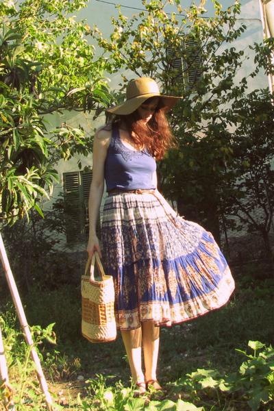 blue silk vintage skirt - beige straw hat - blue cotton Terranova shirt