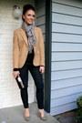 Thrifted-vintage-blazer-forever-21-scarf-zigi-soho-pumps