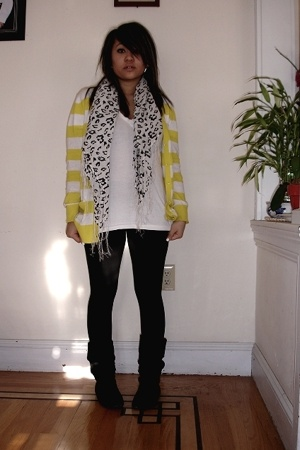 Old Navy - Urban Outfitters shirt - Bakers boots