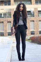 black just female jeans - brick red vintage bag - white vintage top