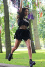 Black-vagabond-shoes-black-vila-skirt-bubble-gum-twintip-t-shirt