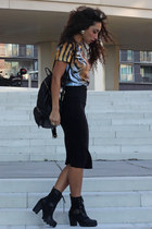 tawny Breaking Rocks t-shirt - black Have2have boots - black H&M bag