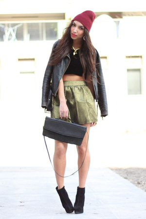 metallic chicnova skirt - beanie asos hat - deezee heels - suede Foxy top