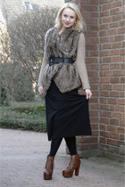 black maxi Kookai dress - camel faux fur Zara jacket - crimson Jeffrey Campbell
