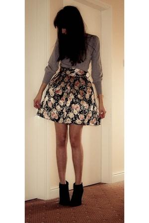 H&M sweater - skirt