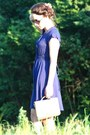 Deep-purple-esprit-dress-ivory-secondhand-bag-black-h-m-heels