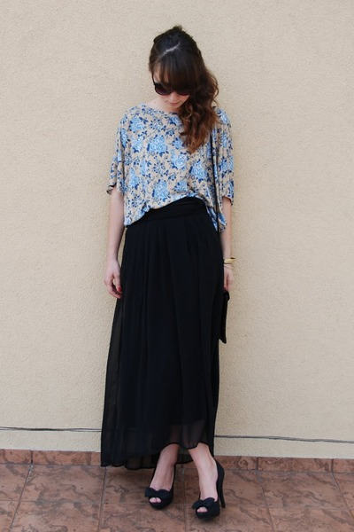 navy Secondhand bag - dark gray H&M sunglasses - black maxi H&M skirt - sky blue