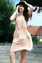 neutral H&M dress - black H&M hat - brown Zara heels