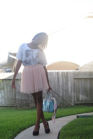 Fashions Night Out T-Shirt shirt - Forever 21 skirt - calvin klein shoes - coach