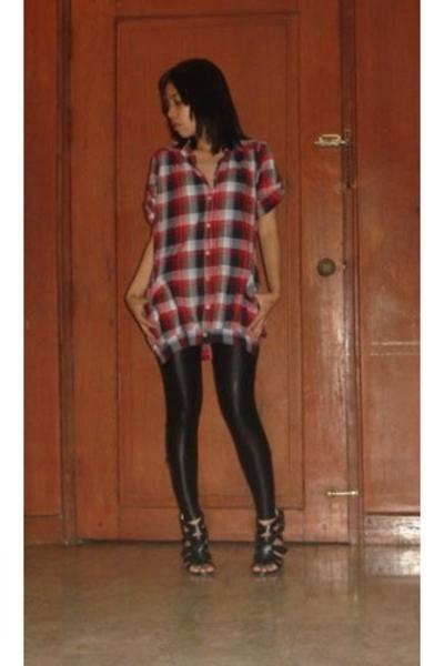 f21 shoes - blingfinds liquid leggings - duerr top