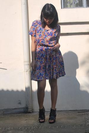 lookingforlola dress - Urbanogcom boots