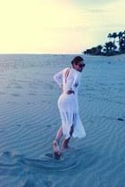white tule Rebeca Konishi dress