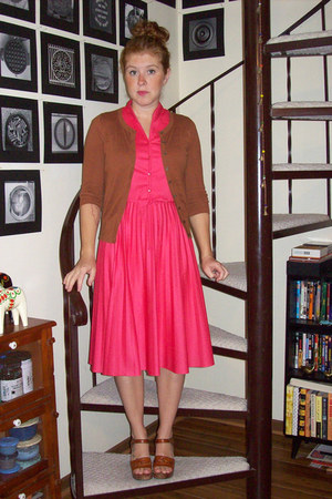 hot pink vintage dress - brown Old Navy cardigan - brown vintage sandals