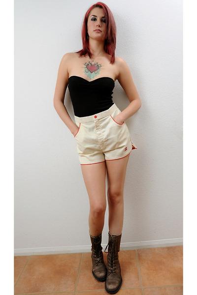 beige Levis shorts - black energie top - espirit boots - brown