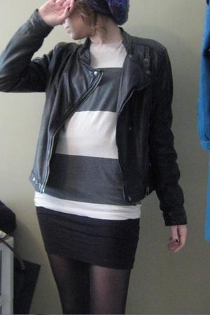 black danier jacket - silver
