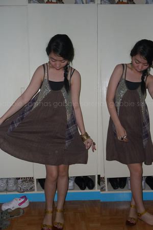 brown Thrift Shop dress - yellow Charles & Keith shoes