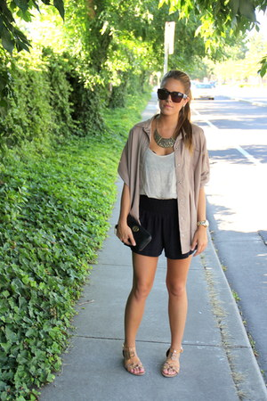 eight sixty shorts - BCBG sunglasses - Forever 21 necklace - tory burch wallet
