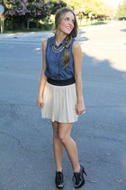 BCBG top - Forever 21 necklace - Zara skirt - Michael Kors heels