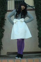 gray Rubbish shirt - white skirt - purple DKNY tights - black shoes