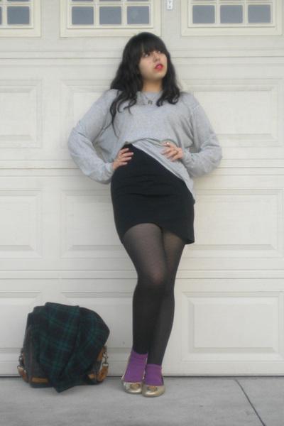 gray Rubish sweater - black skirt - black DKNY tights - purple skirt - gold gift