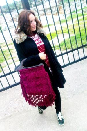 maroon H&M bag