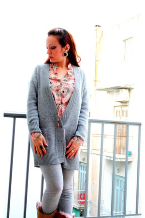 heather gray Zara cardigan