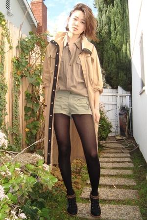 beige coat - brown faconnable shirt - black studio tmls shoes - brown Fetishisme
