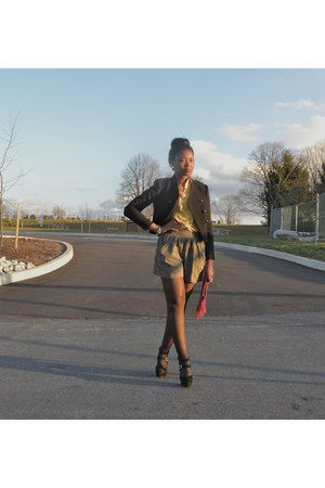 black H&M blazer - yellow Urban Outfitters shorts - red Jessica Simpson pumps