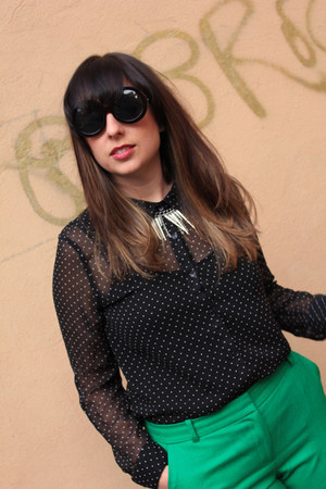 polka dot Forever21 top - spiked H&M necklace - emerald green J Crew pants