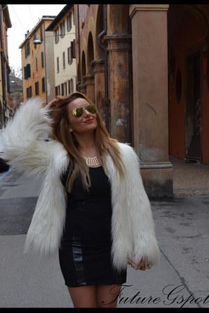 fur white Zara coat - random dress - Patrizia Pepe sandals