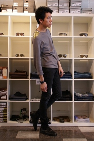 FCUK sweater - DRKSHDW jeans - Ed the Leatherman accessories - Military Surplus