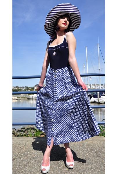 striped vintage hat - vintage skirt - nautica symbol vintage swimwear