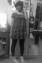 Cammomile dress - Thrift Store leggings - Converse shoes - vintage hat