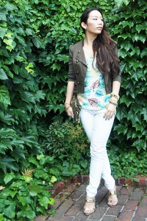 cream tropical print Mango top - white white denim JCrew jeans