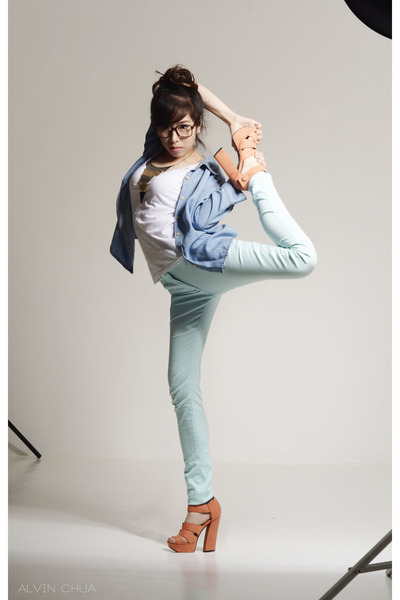aquamarine H&M jeans - periwinkle denim polo Gelibean Couture top