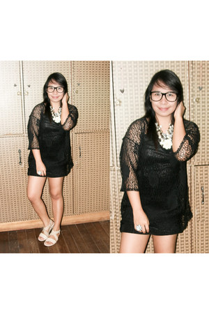 H&M glasses - naturalizer shoes - Guess ring - La Senza bra