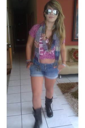 scarf - Forever 21 boots - denim American Eagle shorts