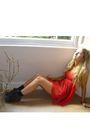Red-vintage-dress-black-topshop-shoes