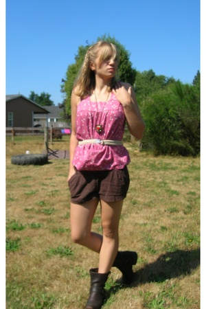 American Eagle shirt - forever 21 shorts - Frye shoes