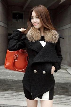 black wendybox coat