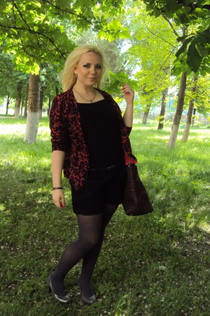 silver tights - red sweater - dark brown bag - black shorts - silver heels