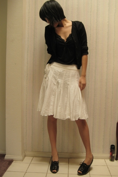skirt - blazer - Flower top - Enzo Angiolini shoes