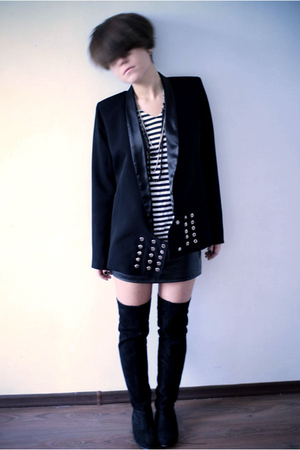made by myself blazer - Zara blouse - leaather friends skirt - Topshop boots