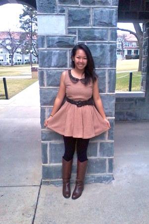 dress - dark brown momoki boots - black Forever 21 stockings