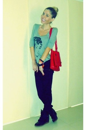 black ovio jeans - red Topshop bag - heather gray Clara Ibarguren t-shirt