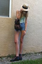 beige unknown hat - green Delias top - brown unknown bag - blue Levis shorts - b