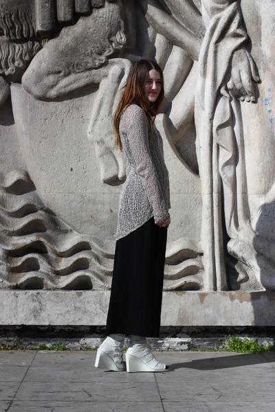 white buckle wedges ann demeulemeester boots - beige loose knit Helmut Lang swea