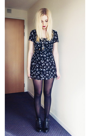 flower black H&M dress