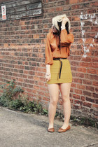 mustard Boohoo skirt - burnt orange own the runway blouse