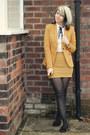 Mustard-zara-blazer-ivory-shirt-mustard-boohoo-skirt-black-h-m-flats